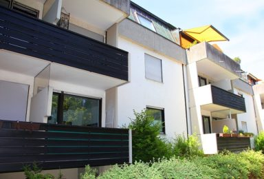 München Harlaching: 2 Zimmer Wohnung in sehr ruhiger grüner Lage