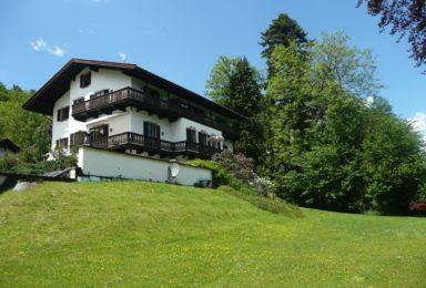 Tegernsee: Dachgeschoss-Wohnung mit Traum-Seeblick