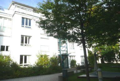 München Sendling: Moderne 4-Zimmer Maisonette-Wohnung mit Wintergarten
