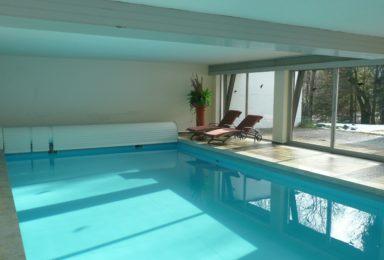Tegernsee: Dachgeschoss-Wohnung mit Indoorpool und Traum-Seeblick