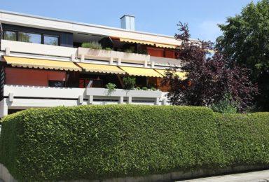 München Harlaching: Moderne 4 Zimmer Familien-Wohnung in bester Lage
