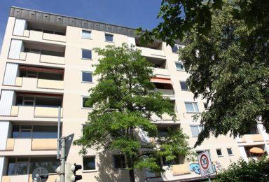 München Obergiesing: Praxis mit 4 Zimmern und Teeküche