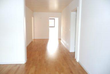 München Harlaching : Familienwohnung mit 4 Zimmern