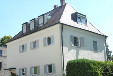 München Harlaching: Familien Traumhaus mit tollem Garten
